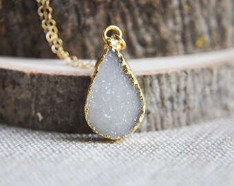 SALE Teardrop Necklace, Druzy Necklace, White Druzy Necklace, Druzy Teardrop Necklace, Druzy stone necklace, Stone Necklace, Wedding Jewerly
