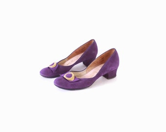 Vintage 40s 50s PURPLE HEELS / 1940s Gold Buckle Detail Suede Babydoll SHOES 7.5