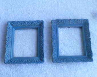 Vintage  Small Picture  Frames  2  Each