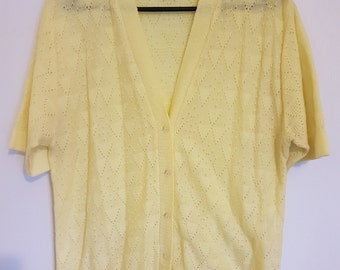 Vintage 1980s pastel yellow cardigan jumper sweater