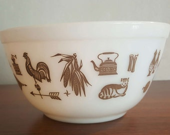 Vintage Pyrex Early Americana Colonial Print small mixing bowl