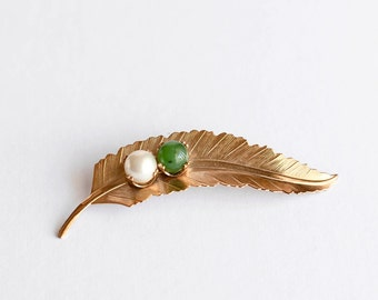 Vintage Feather Pin Brooch with Glass Bead Green Pearl Gold Tone Simple Classic Jewelry