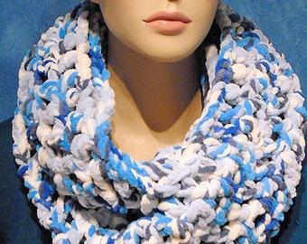 Blue Crochet Infinity Scarf, Blue Chunky Infinity Scarf, Bernat Yarn White Crochet Infinity Scarf, Plush Infinity Scarf, Blue Fall Scarf