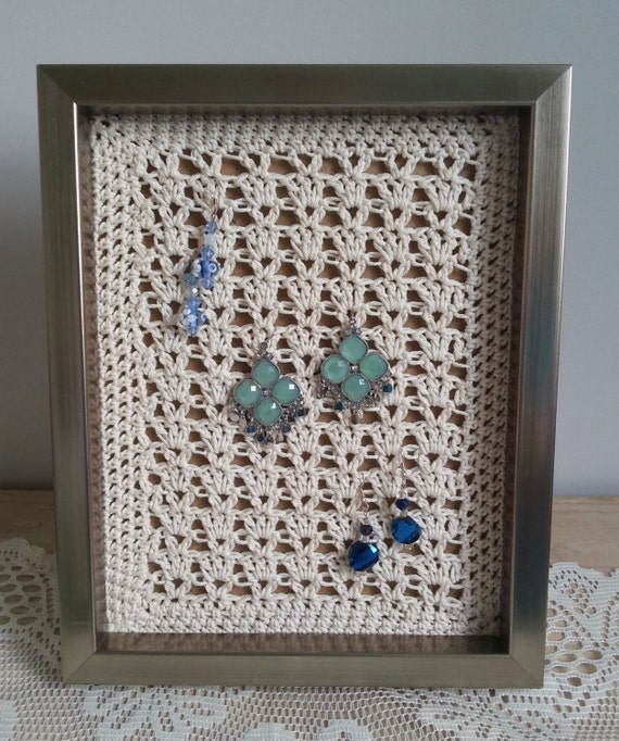 Earring organizer earring holder picture frame earring for Picture frame organization wall