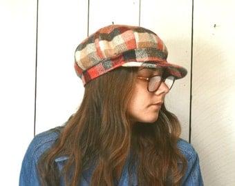 Poor Boy Hat - 1960s Plaid Beatnik Hippie Hat - Vintage Short Brim Floppy Hat - Large L