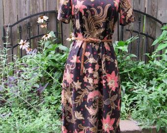 Vintage 60s Floral Mod Shift Dress / 1960s Short Sleeve High Neck Sheath Boho Day Dress