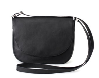 Crossbody Saddle Bag Black, minimalistic shoulder bag