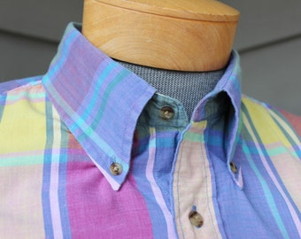 vintage 1980's or newer...Men's short sleeve shirt w/ button down collar. India Madras - All cotton. Best colors! Large