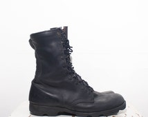 10.5 R | 1988 Military Issue Black Combat Boots