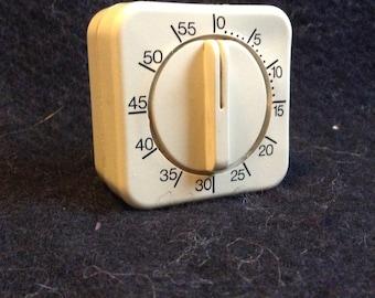 Clip Kitchen Timer.  Vintage 1970, Italian Design.  Mid Century Modern,Eames era. Vintage.