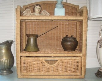 Vintage Étagère Natural Wicker- Shabby Chic Rattan Open Cabinet - With Large Drawer