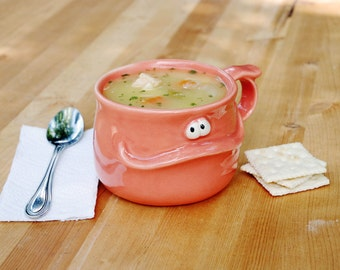 BILLY the Muddybuddy - a happy ceramic soup mug for your soup, coffee, tea, or hot cocoa