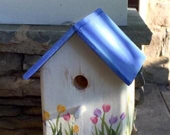 Weathered White & Blue Tulip Bird Cottage