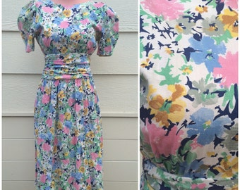 Pretty blue yellow pink floral picnic 80s low back bow dress size medium