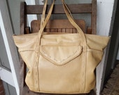SWEETIE   ///    Leather Tote