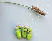 Pickle ornaments, needle felted tiny pickles, felt decor, vegetable christmas ornaments, cute veggie, kawaii miniatures, set of 3