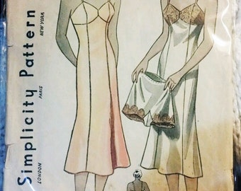 Simplicity 2256 Vintage Pattern for Slip and Panties 1930's