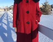 vintage red swing coat with ebony fur collar - 50s/60s