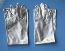 Amazing Vintage Long Gold Gloves; XS-Small - Vintage Gold Gauntlet Gloves - Retro Burlesque Gloves - Opera Gloves - Diva Gloves - Cosplay