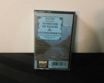 Wagner: Music from Tannhäuser, Die Walküre & Die Götterdämmerung - Boston Symphony / Munch- ALK1 4497 - audio cassette (RCA Victrola,1982)