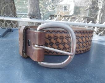 Tooled Leather Belt Basket Weave Pattern Woven Size 44 Vintage
