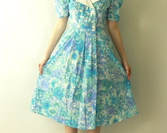 Vintage 1980's Blue WATERCOLOR Floral Babydoll dress / 80s Pastel Pale blue Puff Sleeve Shoulder Dolly Collar Midi Dress
