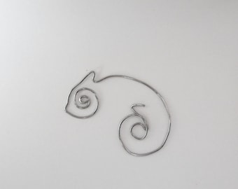 Chameleon - One of a Kind Single Wire Art