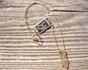 MINT Vintage Accents by Hallmark Necklace