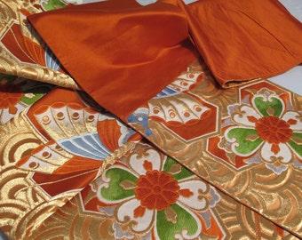 JAPANESE Formal Wedding OBI Sash Belt,Embroidered Wide Extra Long Japanese Fabric Textile Work of Art.Display TABLETOP Runner Wall Art Decor