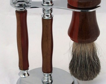 Shaving set in two tone natural wood, beautiful, handsome and functional shave kit with three pieces, shave stand, razor and brush