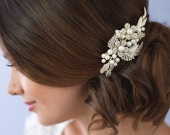 Gold Bridal Hair Comb, Gold Hair Comb, Wedding Hair Comb, Bridal Comb, Pearl Bridal Comb, Floral Comb, Hair Comb for Wedding ~TC-2233-G