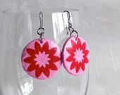 Round Pink Red Hanji Paper Earrings Dangle Circle Flower Design Bubblegum Pink Red Hypoallergenic hooks Lightweight ear rings