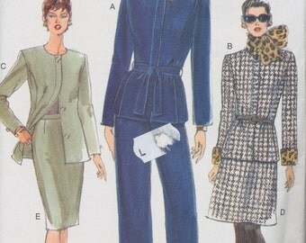 Vintage sewing pattern - Vogue: Ladies Womens Suit - Jacket, Skirt and Pants