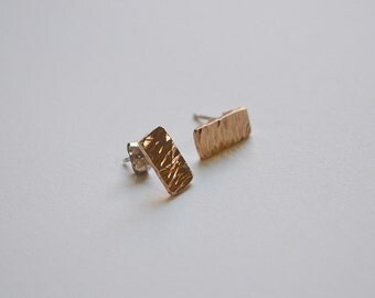 14k Gold Hammered Studs / 14k Gold Jewelry