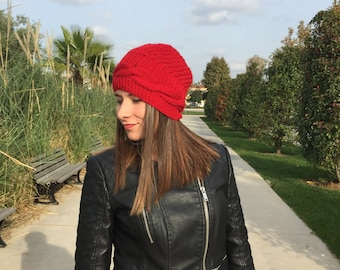 Christmas Gift! FAST SHIPPING.  Women red beanie, handmade knit beret, wool red hat, ready to shipping.
