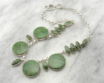 Circles and Marquise Cut Jade Necklace Q01M14-P