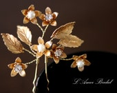 Small Handmade Golden Flower Hair Pin,Bridal hair pins, bridesmaid hair pins, leaf hair pins, pearl hair pins,  gold hair pins
