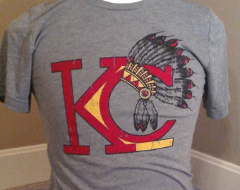 Unisex Kansas City Chiefs Vintage Headress TShirt