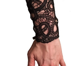 LA PERLA black lace wrist cuff bangle bracelet