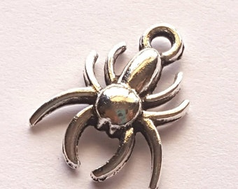 Seven Silver Spider Charms - Tibetan Silver - insect - creepy - Halloween