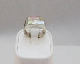 Sterling Silver Mother of Pearl Band Ring size 7