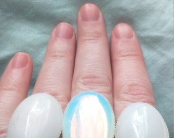 Marble white or Opal cabochon ring