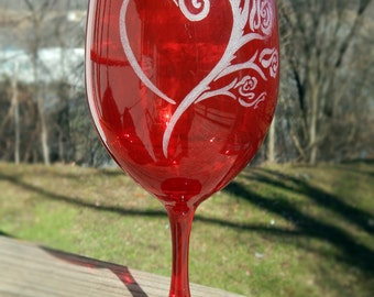 Heart and Roses Hand Etched Red Wine Glass