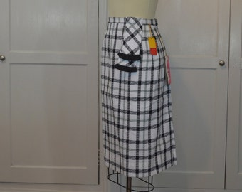 VNWT Sportempos White and Black Plaid Wiggle Skirt 1960s