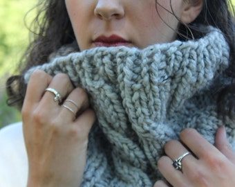 "Cabled Cowl, Marbled Grey ""The Emma"""