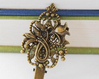 Floral Hair Clip, Wedding Hair Clip, Bridal Hair Clip, Antiqued Gold Flower Hair Clip, Antique Brass Vintage Style Shabby Chic Accessories