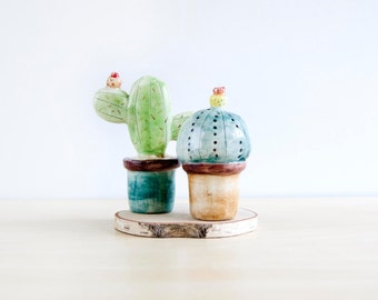 Ceramic cactus miniature decoration set of two, Ceramics & pottery, Pottery cactus in plant pot, Ceramics cactus in flower pots, Noe Marin