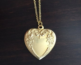 Heart Necklace, Gold Heart Necklace, Heart Pendant, Heart Jewelry, Vintage Heart Necklace, Vintage Necklace, Heart, Gold Heart, Necklace