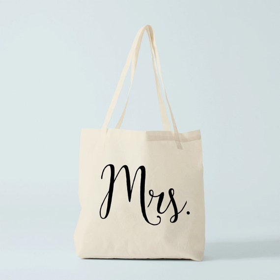 Mrs. Tote bag, wedding personnalized bag to custom with any name you want! Gift for bride, gift for bridesmaid, gift for guests.