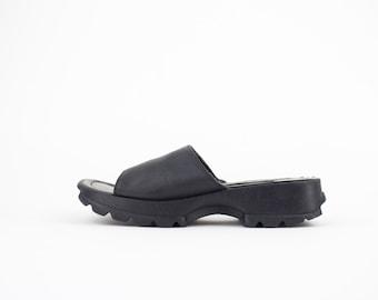 90s Vintage Steve Madden Sandals | Chunky Slides | Womens Size US 6 UK 4 Euro 36 - 37